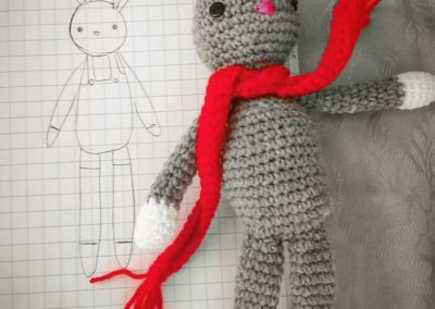 coniglietto sciarpa rossa